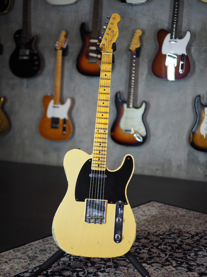 fender_custom_shop_tele_52_heavy_relic_front.jpg